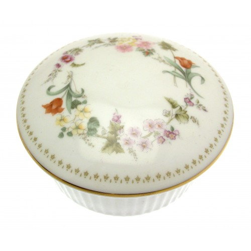 Wedgwood Replacement Tableware  Wedgwood Mirabelle 4 inch round covered trinket box - design M4 Wedgwood Replacement Tableware by iauctionshop.co.uk  sc 1 st  iAuctionShop Ltd & Wedgwood Replacement Tableware : Wedgwood Mirabelle 4 inch round ...