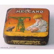 Advertising collectables including vintage tins